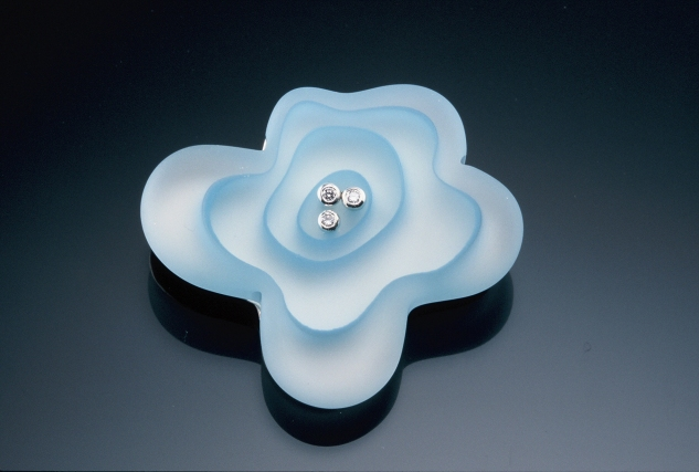 Frosted Flower Brooch/Necklace